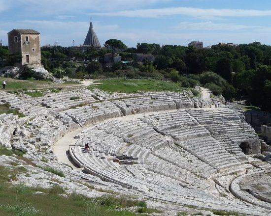 teatro-greco-parco-archaeologico-neaopolis